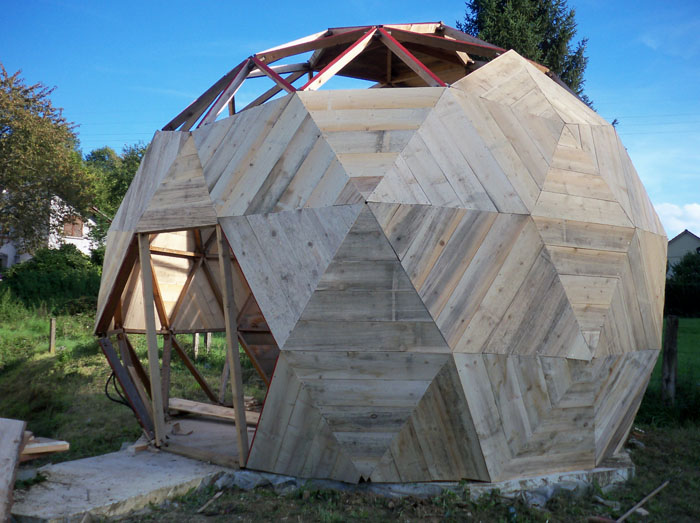 Sebastien baldini for Maison dome en bois